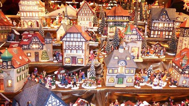 Christmas Market, Houses, Figures, Lights