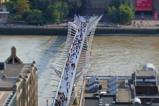 London, Bridge, Wobbly, Architecture, River, Cityscape