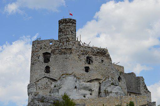 Mirow, Castle, Crash, The Ruins Of The, Poland, History