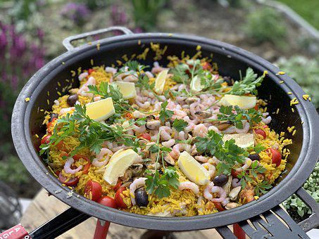 Dinner, Guests, Mat, Paella, For Al Fresco Dining, Nice
