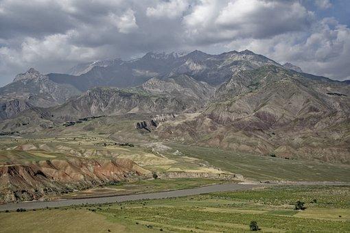 Tajikistan, Abe-e-panj River Valley, Valley, River