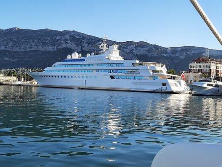 Lady Moura, Sea, Yacht, Water, Boat, Powerboat, Wealth