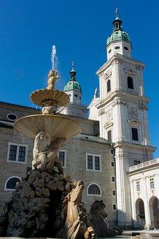 Salzburg, Residence Fountain, Residenzplatz, Austria