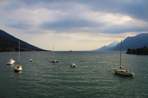 Lake, Boats, Boat, Sky, Water, Mountain, Mountains