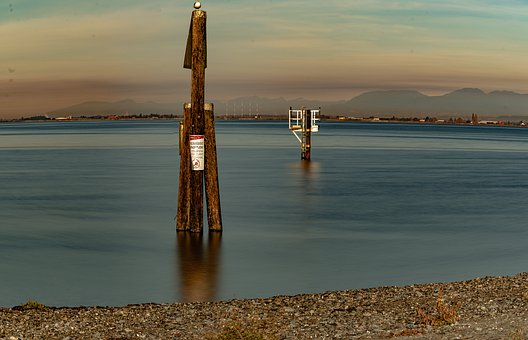 Beach, Scenic, Wooden Pole, Sightseeing, Calm Water