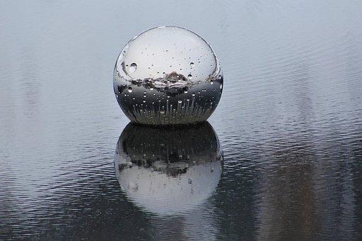 Ball, Water, Reflect, Art, Castle Tarasp, Not Vital