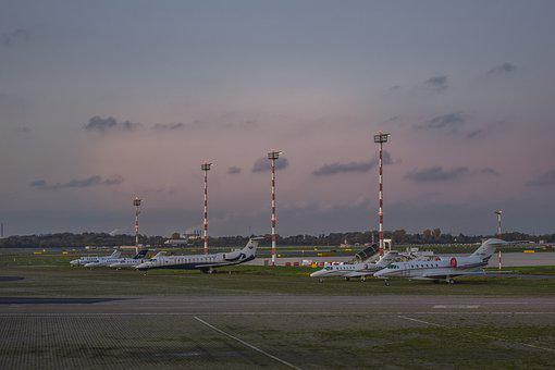 Airport, Prior To, Passenger Aircraft, Aircraft