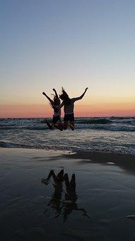Best Friends, Sunset, Beach, Jumping, Cheer