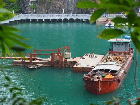 Vietnam, Halong Bay, Boad, Landscape, Sea, Nature, Bay