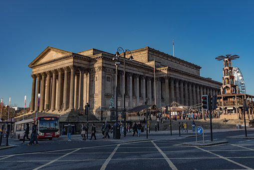 Saint George's Hall, Liverpool, Architecture, Downtown