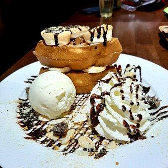 Dessert, Ice Cream, Food, Waffle, Chocolate