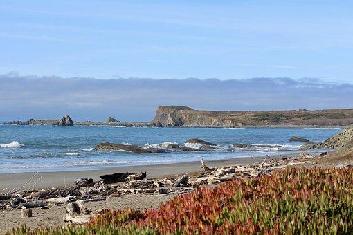 Pebble Beach, Del Norte, California, Ocean, Coast, Sky