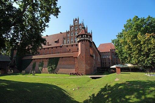 Malbork, Castle, The Crusaders, Brick, Lake Dusia