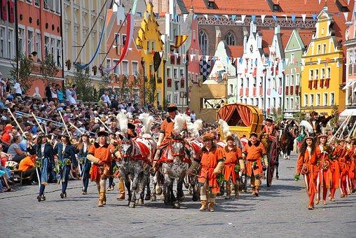 Historically, Move, Landshut, Panel, Viewers, Festival