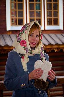 Russkaya Krasavica, Shawl, Matryoshka, Russian Style