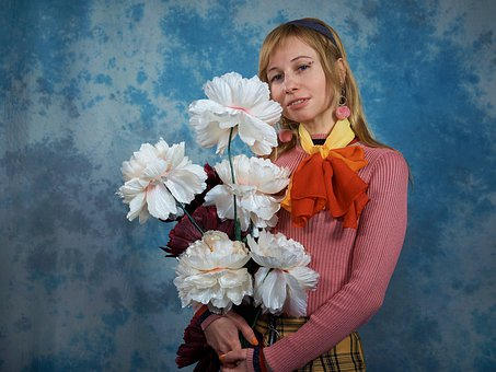 Girl, Woman, 1970, 70s, Flowers, Neckerchief, Makeup