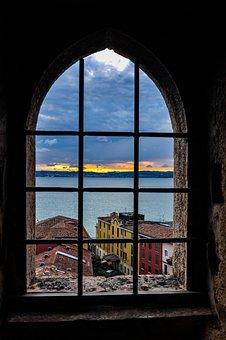 View, Reflected, Window, Barred, Black Window