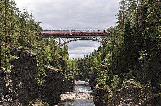 Train, Abyss, Klettersteiggurt, Hiking, Height, Trained