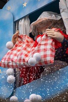 Fairy Tale, Mrs Holle, Shake, Duvet, Snow, Fairy Tales