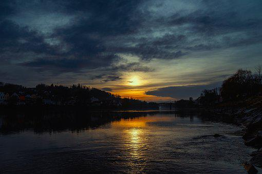Passau, Night, Inn, City Of Three Rivers, Episcopal See