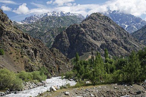 Tajikistan, Warsob River, Hissargebirge, Warsob, River