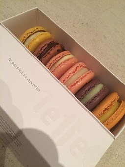 Macaron, Dessert, Sweet, Food, French, Delicious, Small