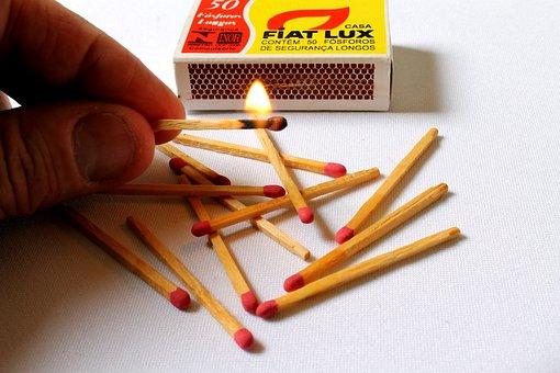 Matches, Toothpick Matches, Calls, Matchbox, Lit, Light