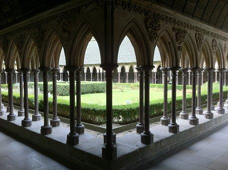 Santo, Michelle, Le Mont Saint Michel, Normandy