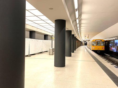 U Bahn, Berlin, Train, Subway, Metro, Estacion De Metro
