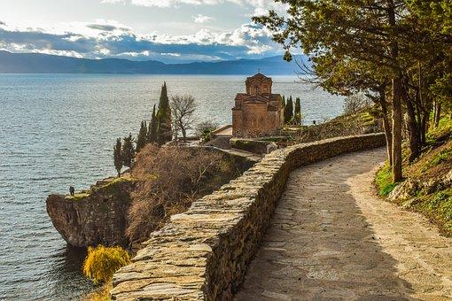 Sveti Jovan Kaneo, Ohrid, North Makedonia, Path