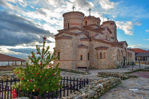 Plaošnik, St, Clement's Church, Saint Pantelejmon