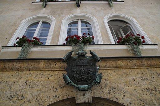 Kamnik, Slovenia, Coat Of Arms, Town Hall, City, Window