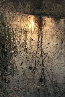 The Fall Of Water, Lake