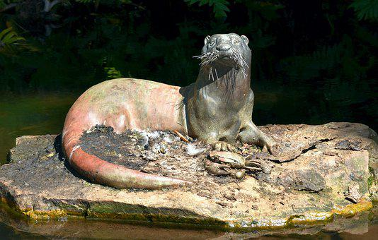 Sculpture, Bronze, Cape Clawless Otter, Crab, Prey