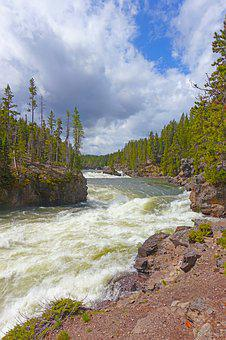 Whitewater, Yellowstone National Park, Wyoming
