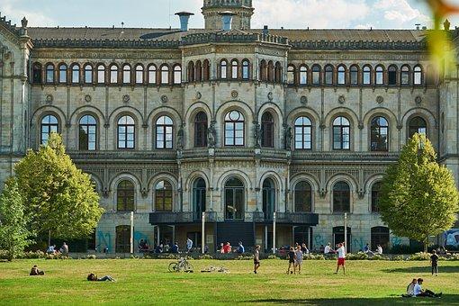 Hanover, Herrenhäuser Gardens, Herrenhausen