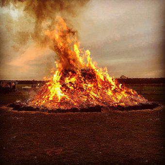 Easter Fire, Fire, Sickte, Large, Carnival, Celebration