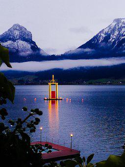 Lake Wolfgang, Salzkammergut, Gmunden, Advent Market