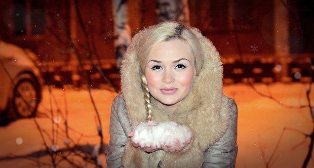 Beautiful Maiden, Keep The Snow, Holds, Throws, Scythe