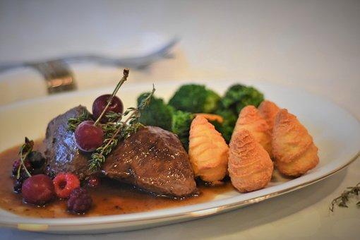 Meat, Wild, Steak, Hirsch, Deer Steak, Broccoli