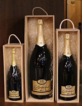 Champagne, Prosecco, Franciacorta