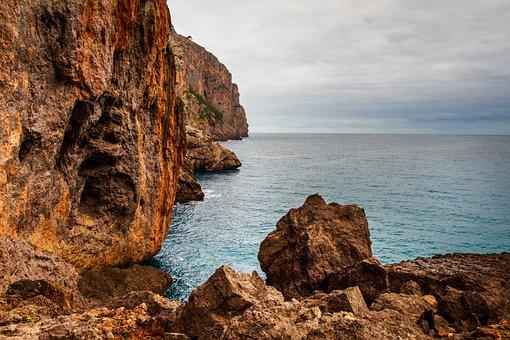 Sa Calobra, Torrent Pareis, Mallorca, Spain