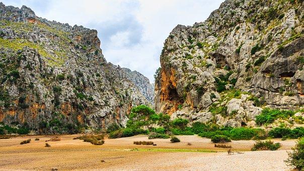 Sa Calobra, Torrent Pareis, Mallorca, Spain, Lonely
