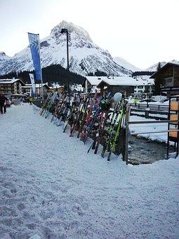 Lech, Winter, Skiing, Skis, Snowy, Snow, Rest, Alberg