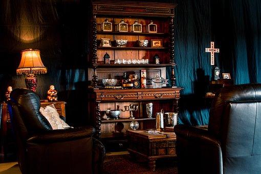 Whiskey Lounge, Cuban Decore, Whiskey Love
