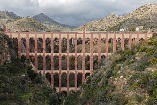 Aqueduct Eagle, Viaduct, Andalusia, Spain, Province