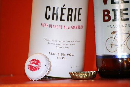 Beer, Love, Velo, Lid, Kiss, Mouth, Bottles, Two, Prost