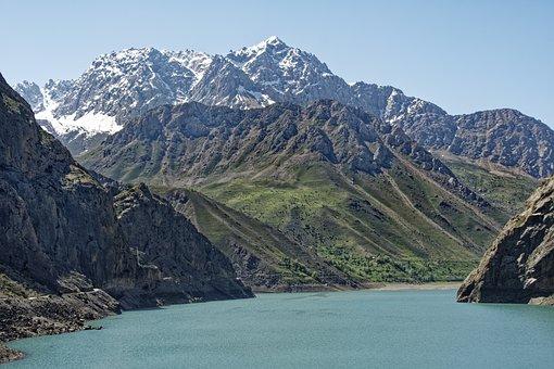 Tajikistan, Seven Lakes, Šingtal, Lake
