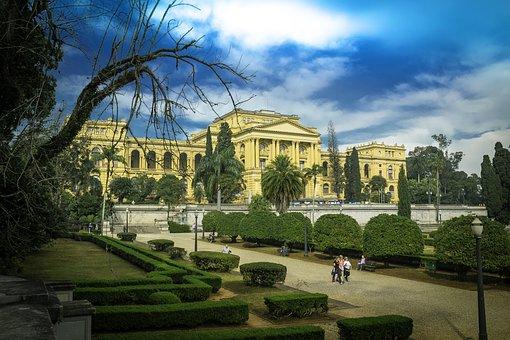The São Paulo Museum, Garden, Independence, Brazil