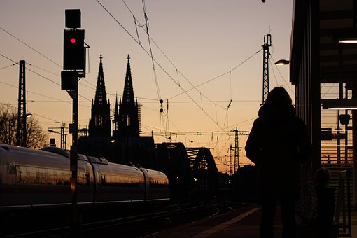 Cologne, Köln, Cathedral, Train, Railway, Signal